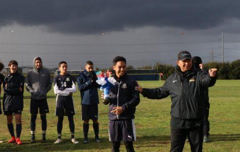 Varsity Boys Soccer qualifies to CIF playoffs
