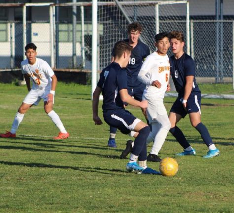 Barons lose to rival team Eastlake Titans