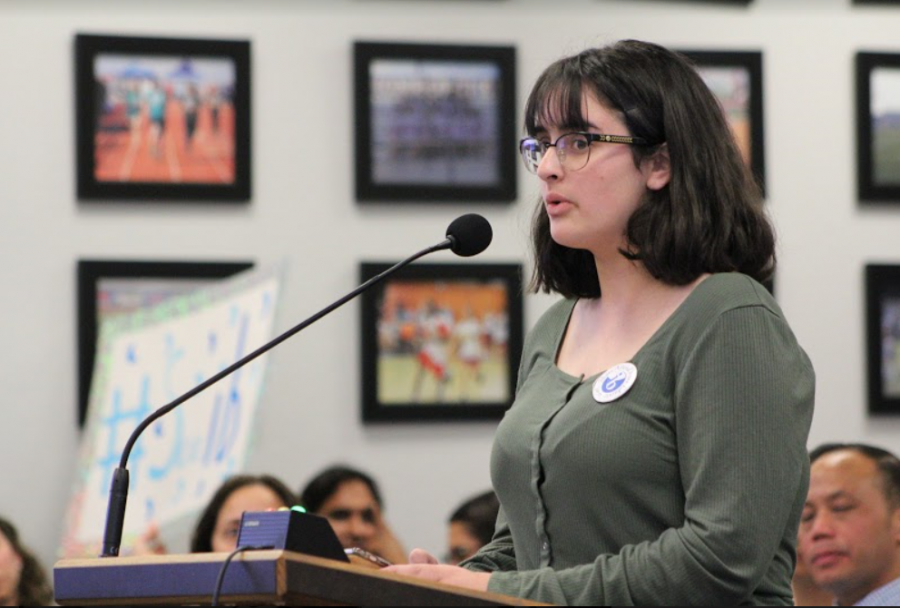IB student and junior Faith Talamantez stands midsentence at the podium in the SUHSD board room. Talamantez used the time allotted to her to express why she believes the IB program is important.