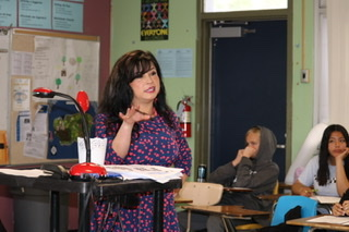 English 9 accelerated teacher Elizabeth Tran guides her students through a reading assignment.  Tran spoke about her involuntary transfer from Southwest Middle High School to Bonita Vista High School.